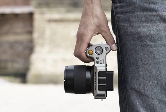 Hasselblad X1D: nuova mirrorless medio formato da 9000$