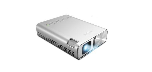 ASUS ZenBeam E1: nuovo proiettore tascabile da 220€