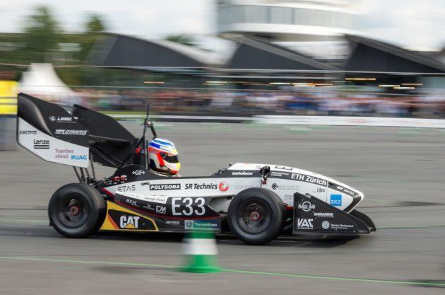 Auto elettriche più veloci di quelle tradizionali? Ci siamo vicini