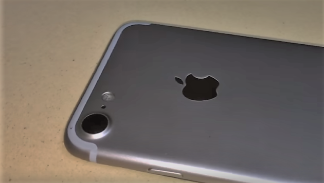 iPhone 7 in colorazione Space Black - VIDEO