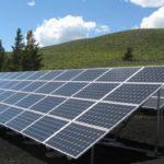 Tesla alimenta un'intera isola con l'energia solare