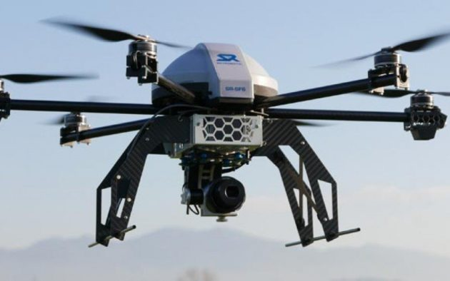 La Francia inaugura il primo servizio di posta via drone
